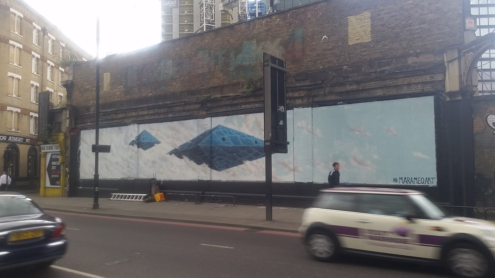 Outer Space copmes to the Shoreditch Art Wall thanks to Leonardo Dal Bo